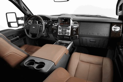 2013 Ford Super Duty Platinum 33