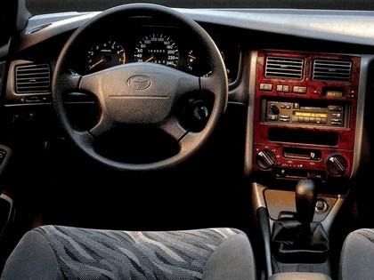 1996 Toyota Carina E 5