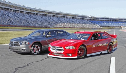 2013 Dodge Charger Sprint Cup Series 2