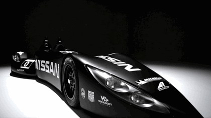 2012 Nissan Deltawing 16