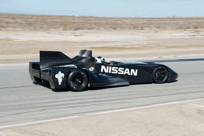 2012 Nissan Deltawing 33