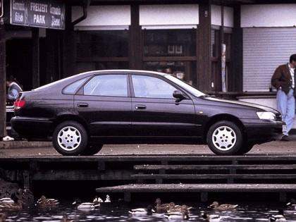 1992 Toyota Carina E ( ST190 ) liftback 2