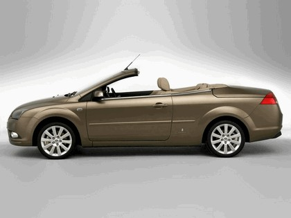 2006 Ford Focus coupé-cabriolet 8