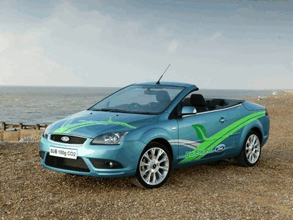 2006 Ford Focus coupé-cabriolet FFV concept with Bio-Ethanol Power 1