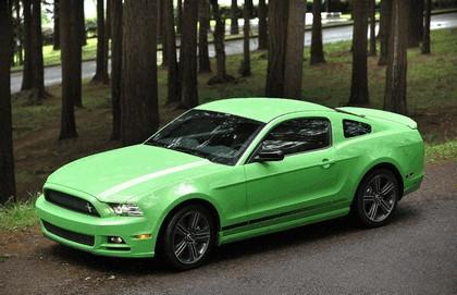2012 Ford Mustang V6 9