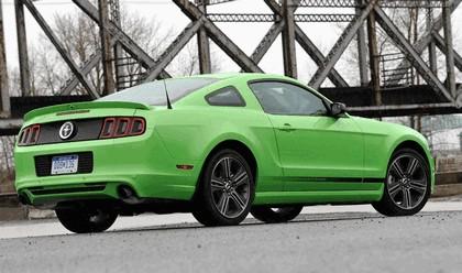 2012 Ford Mustang V6 12