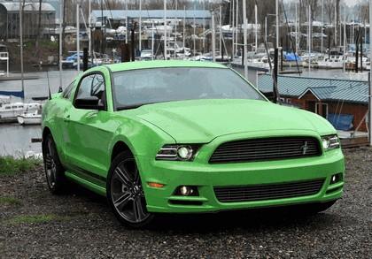 2012 Ford Mustang V6 14