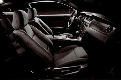 2012 Ford Mustang V6 23
