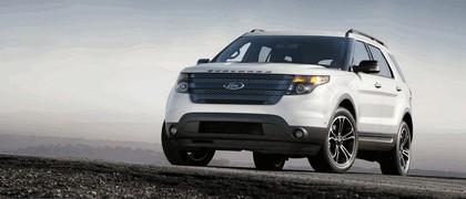 2013 Ford Explorer Sport 1