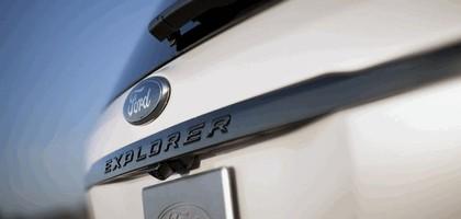 2013 Ford Explorer Sport 17