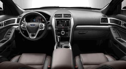 2013 Ford Explorer Sport 25