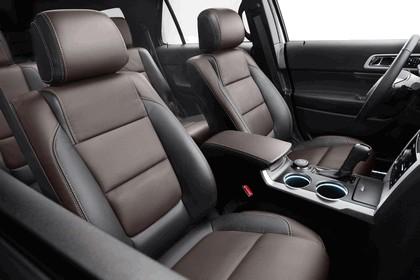 2013 Ford Explorer Sport 27