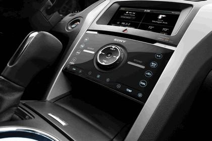 2013 Ford Explorer Sport 28
