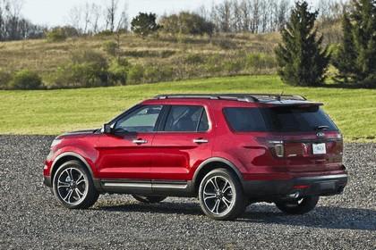 2013 Ford Explorer Sport 33