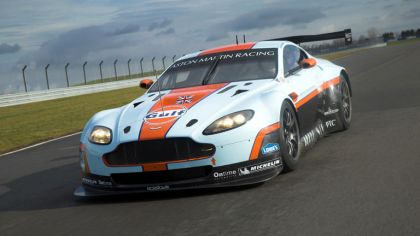 2012 Aston Martin V8 Vantage GTE Gulf - unveiling 4