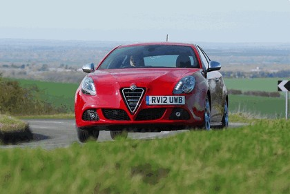 2012 Alfa Romeo Giulietta - UK version 1