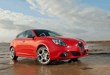 2012 Alfa Romeo Giulietta - UK version 17