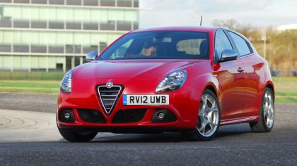 2012 Alfa Romeo Giulietta - UK version 3