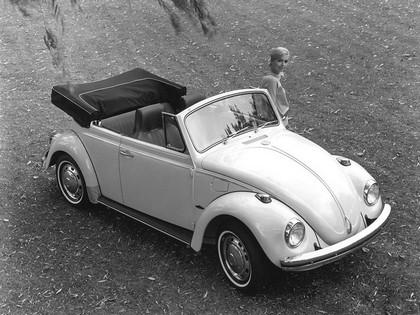 1968 Volkswagen Beetle convertible 1