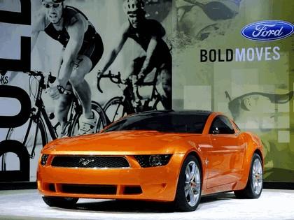 2006 Ford Mustang Giugiaro concept 43