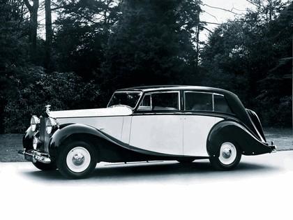 1946 Rolls-Royce Silver Wraith 1