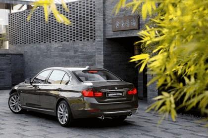 2012 BMW 335Li ( E90 ) 11