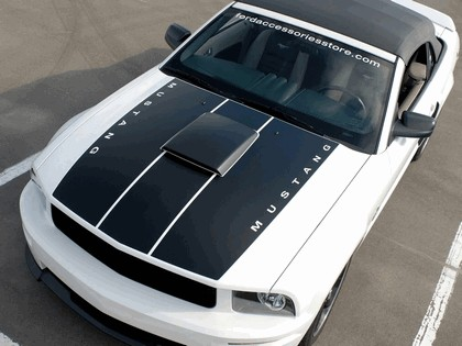 2006 Ford Project Mustang GT convertible 11