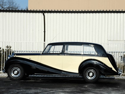 1946 Rolls-Royce Wraith Touring Limousine 2