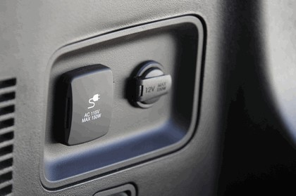 2013 Hyundai Santa Fe 22