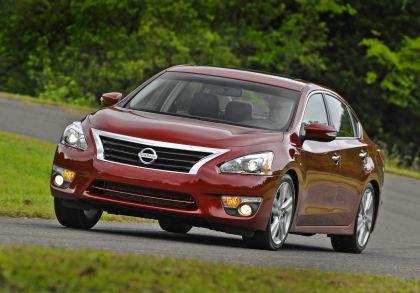 2013 Nissan Altima sedan 31