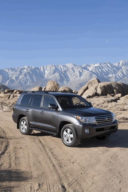 2013 Toyota Land Cruiser 4