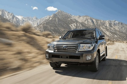 2013 Toyota Land Cruiser 5