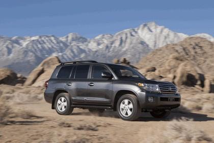 2013 Toyota Land Cruiser 19