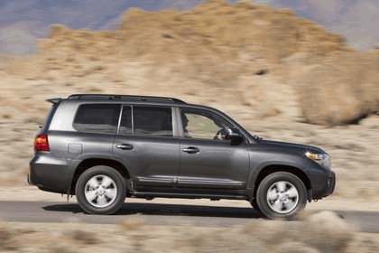 2013 Toyota Land Cruiser 20