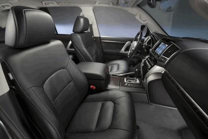 2013 Toyota Land Cruiser 26