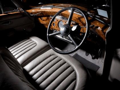 1956 Rolls-Royce Silver Wraith Hooper Limousine 3