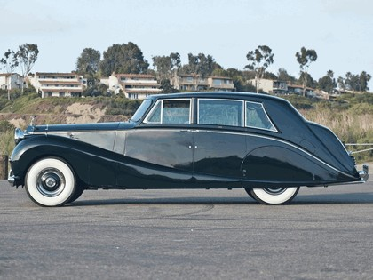 1958 Rolls-Royce Silver Wraith Hooper Limousine 2