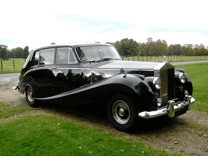1958 Rolls-Royce Silver Wraith Hooper Limousine 8