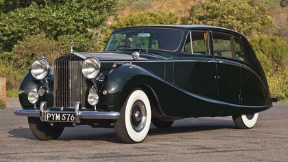 1958 Rolls-Royce Silver Wraith Hooper Limousine 9