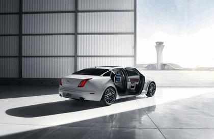 2012 Jaguar XJ Ultimate 9