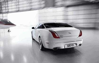 2012 Jaguar XJ Ultimate 12