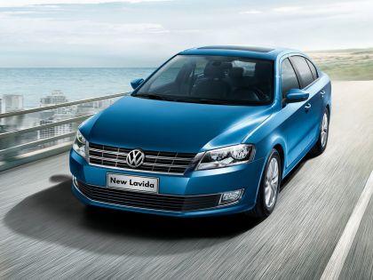 2012 Volkswagen Lavida 12