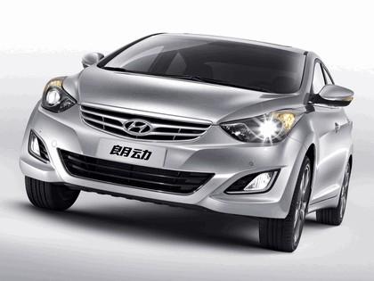 2012 Hyundai Elantra Langdong 4