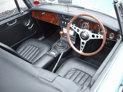 1965 Austin-Healey 3000 mk3 ( BJ8 ) phase 2 5