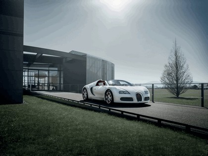 2012 Bugatti Veyron Grand Sport Vitesse Wei Long 1