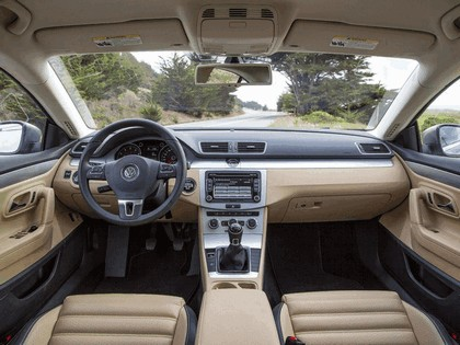 2012 Volkswagen CC - USA version 15