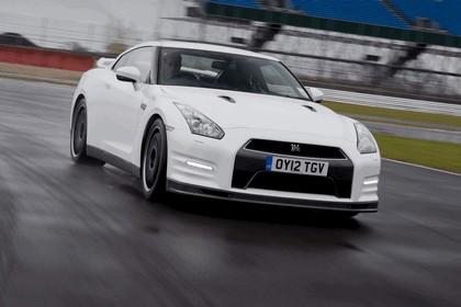2012 Nissan GT-R ( R35 ) track pack - UK version 3