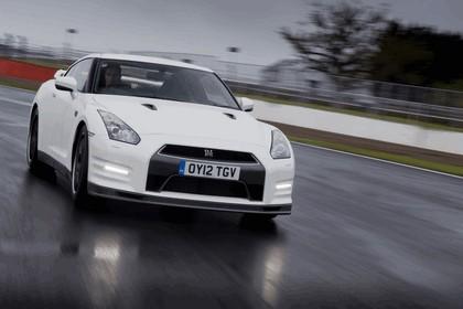 2012 Nissan GT-R ( R35 ) track pack - UK version 4