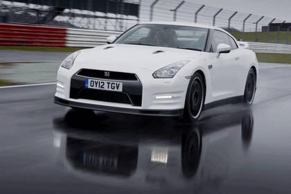 2012 Nissan GT-R ( R35 ) track pack - UK version 5