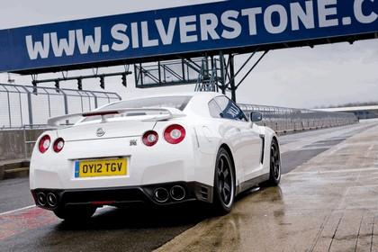 2012 Nissan GT-R ( R35 ) track pack - UK version 8